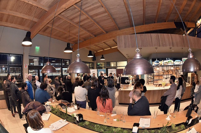Finalmente, en Ushuaia, abrió sus puertas el Complejo Yamana Bar Patín