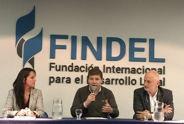 Gustavo Melella disertó en Buenos Aires ante representantes nacionales