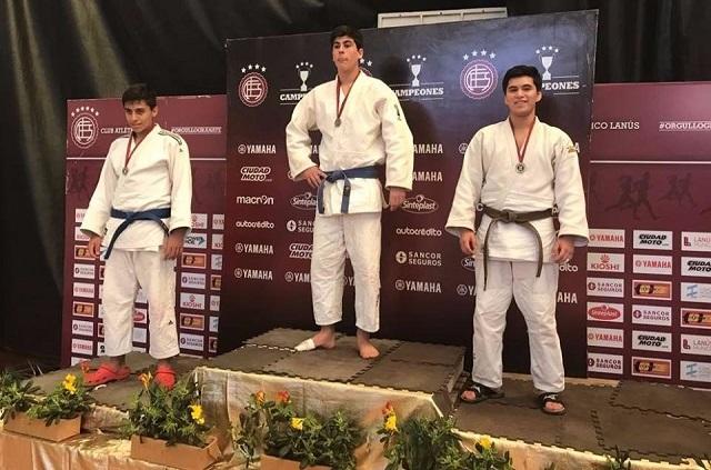 Horacio Miranda (h) es medalla de plata en el Open Judo del Club Lanús