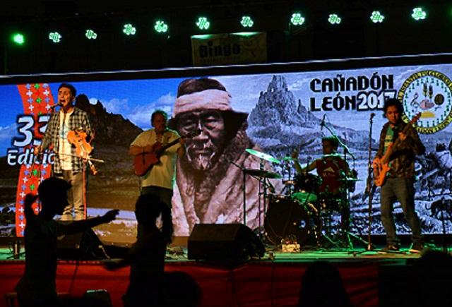 Facundo Armas realizó una exitosa gira musical en la Patagonia