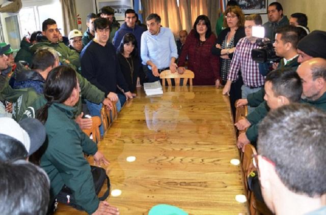Tensa reunión entre Concejales e integrantes del sindicato de Camineros