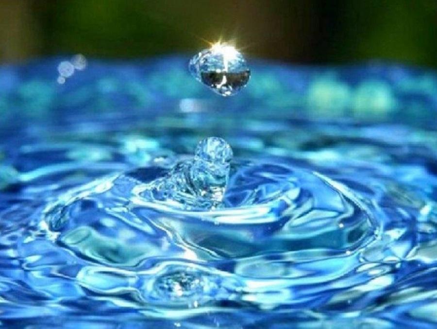 Trabajos en la red de agua potable de calle Estrada