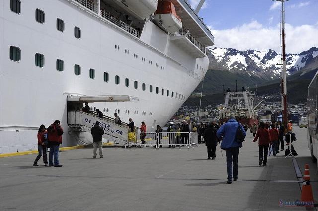 Turismo: Nación apuesta a la remodelación del puerto de Ushuaia