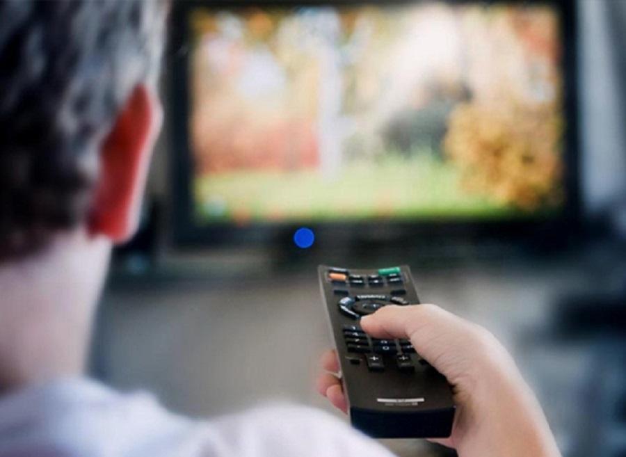 Claro y Telefónica fueron autorizadas a dar televisión paga en la Argentina