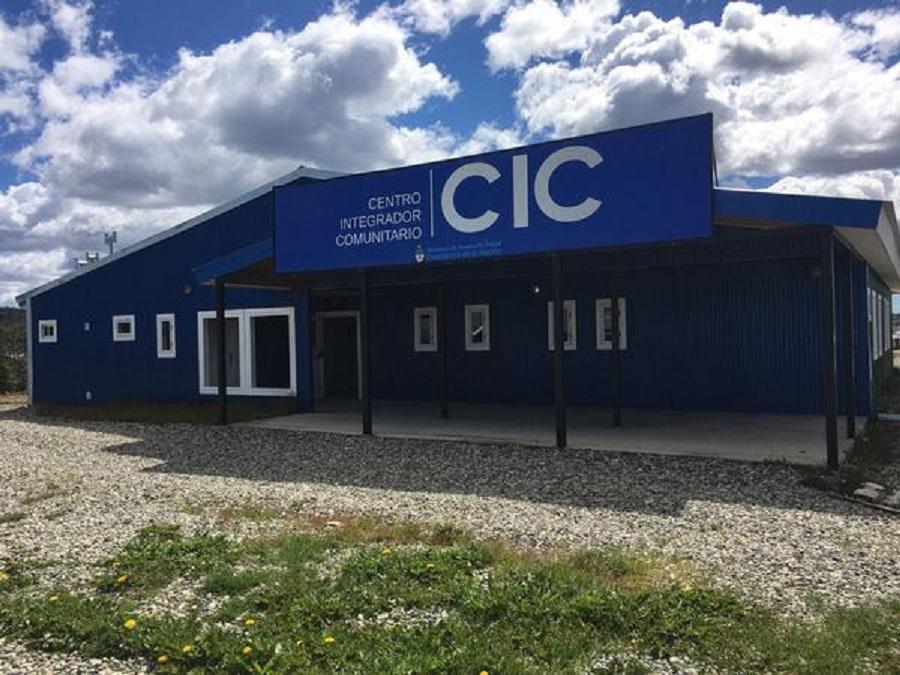 Tolhuin: El nuevo CIC suma especialidades médicas y farmacia