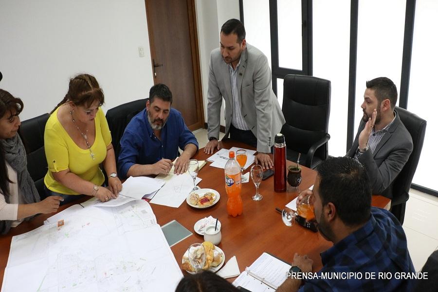 Municipio y provincia acuerdan trabajar en obras públicas comunes