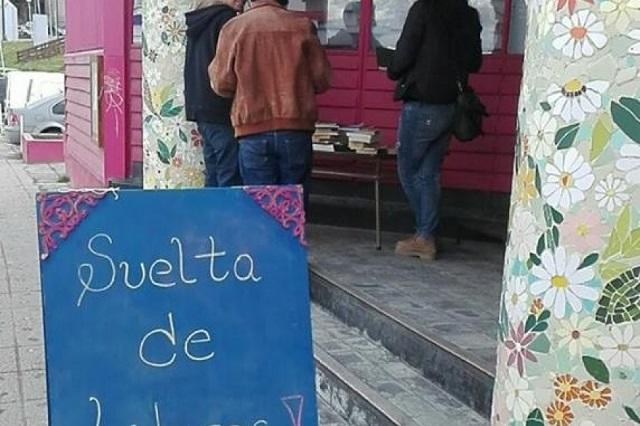 La Biblioteca Sarmiento continúa con la suelta de libros