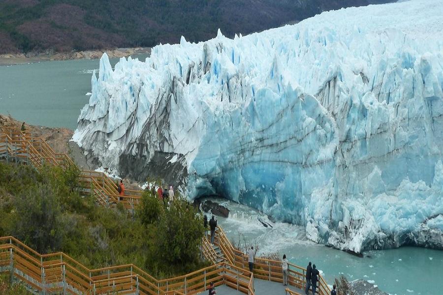 Anticipan la mayor ruptura del Glaciar Perito Moreno en este siglo