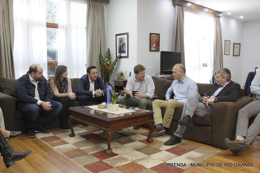 Melella recibió a representantes de la ciudad Española de Albacete