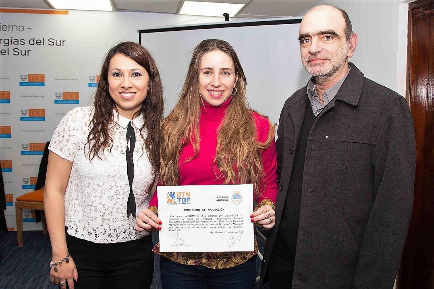 El Lic. Fabio Seleme, de la UTN, presente en el acto de entrega de los certificados.