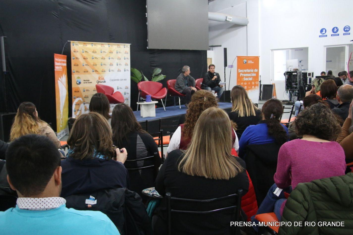 """Conferencia abierta: 1er. Congreso Internacional """"Educación e Inclusión desde el Sur"""""""