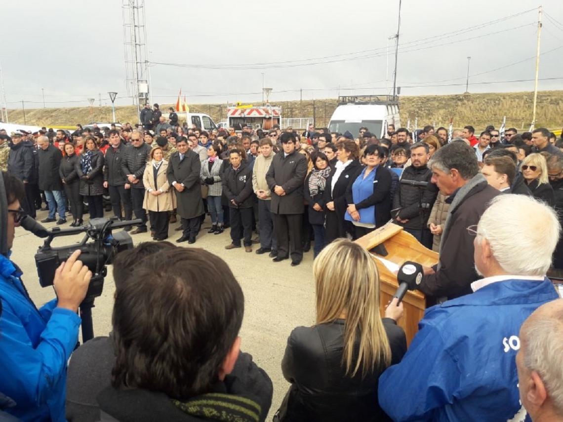 Melella acompañó a los Veteranos de Malvinas en la inauguración de la Carpa