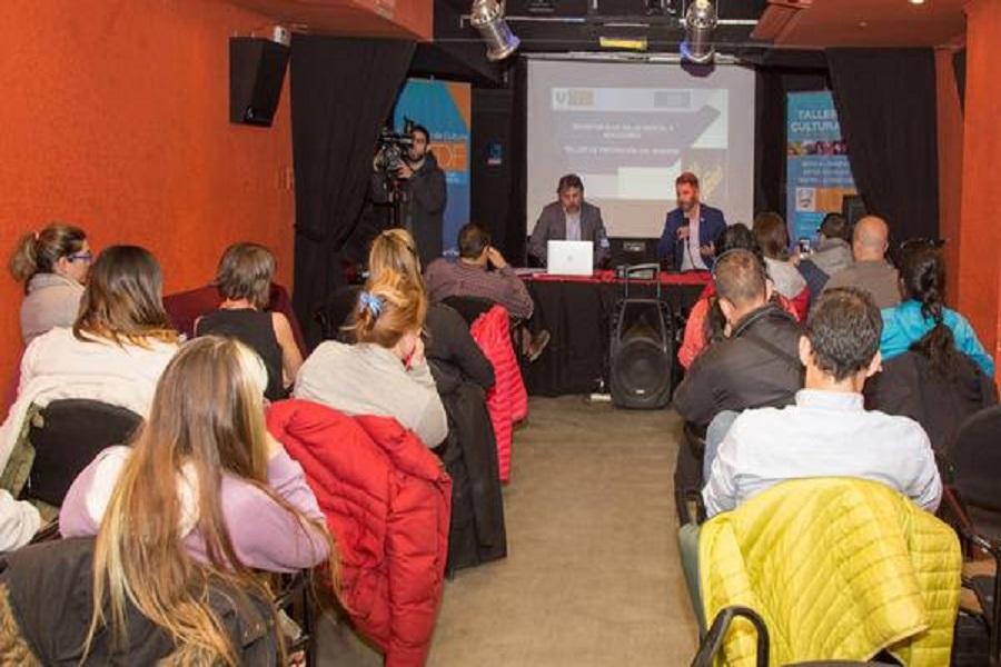 Se brindó taller de prevención del suicidio para medios de comunicación