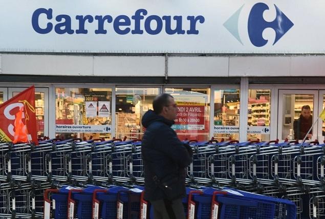 Empleados de Comercio y Carrefour acordaron que no habrá despidos