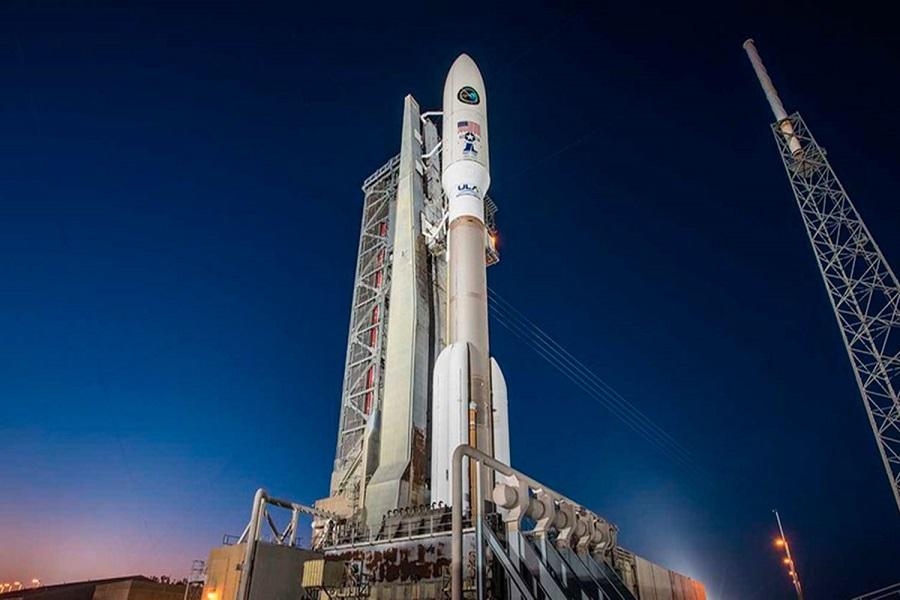 Lanzan el cohete Atlas V con dos satélites militares a bordo