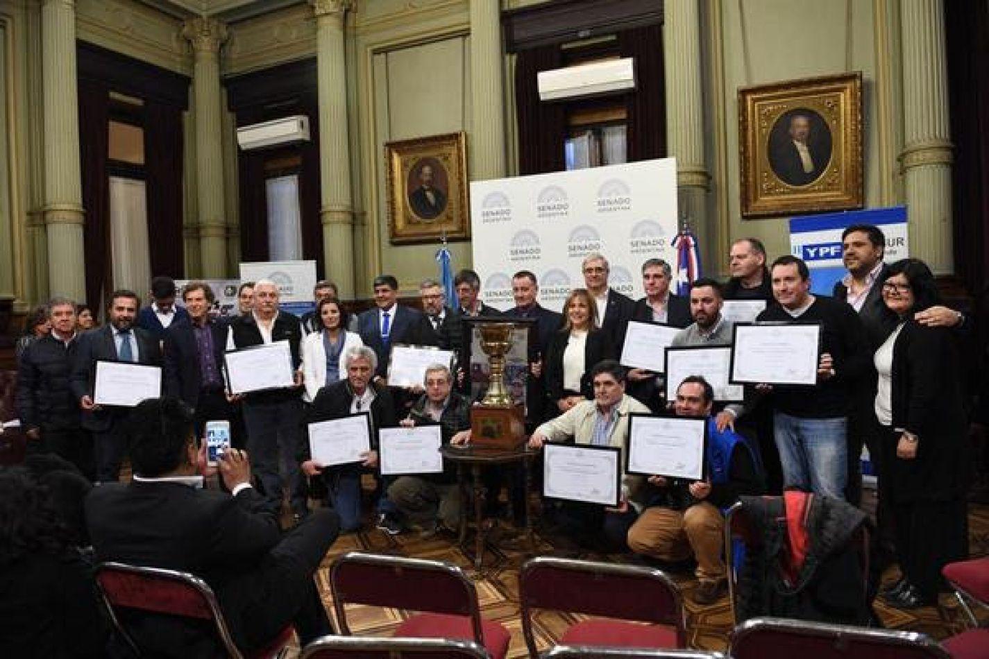Presentación en el Senado  del Gran  Premio La Hrrmandad 2018