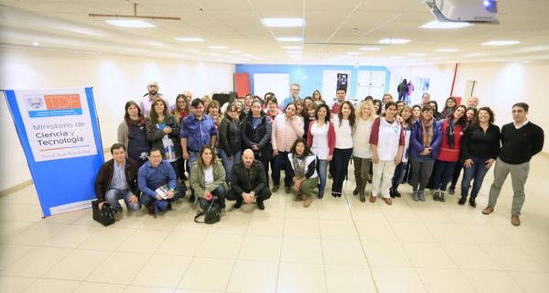 El programa 2Mp fue presentado en el C.C. Yaganes.