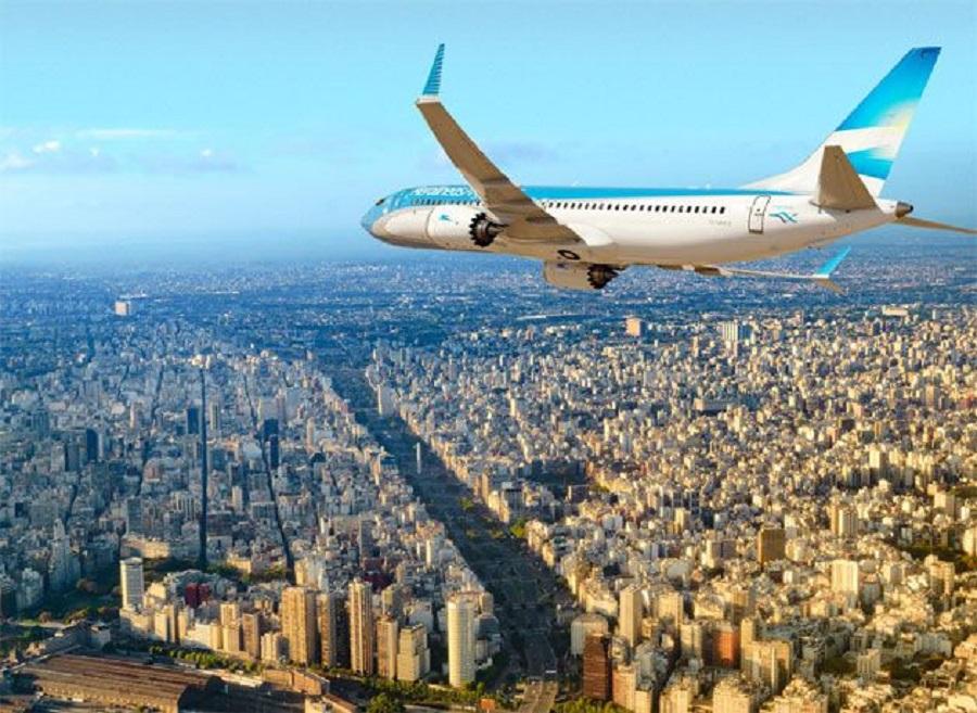 """Aerolíneas analiza adoptar modalidades de las """"low cost"""""""