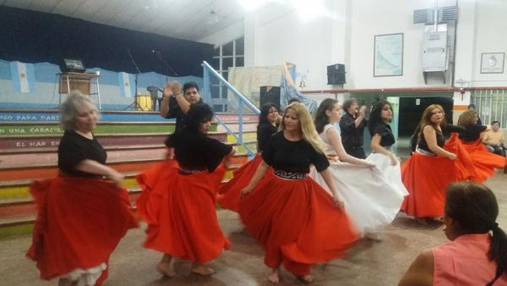 """Segundo encuentro folklórico popular """"El Artísta es el Vecino"""""""