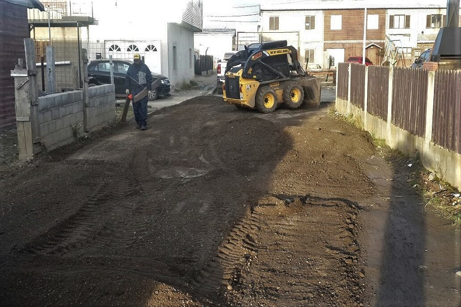 B° Intevu y 2 de Abril: El municipio realiza limpieza e intervención de los patios internos