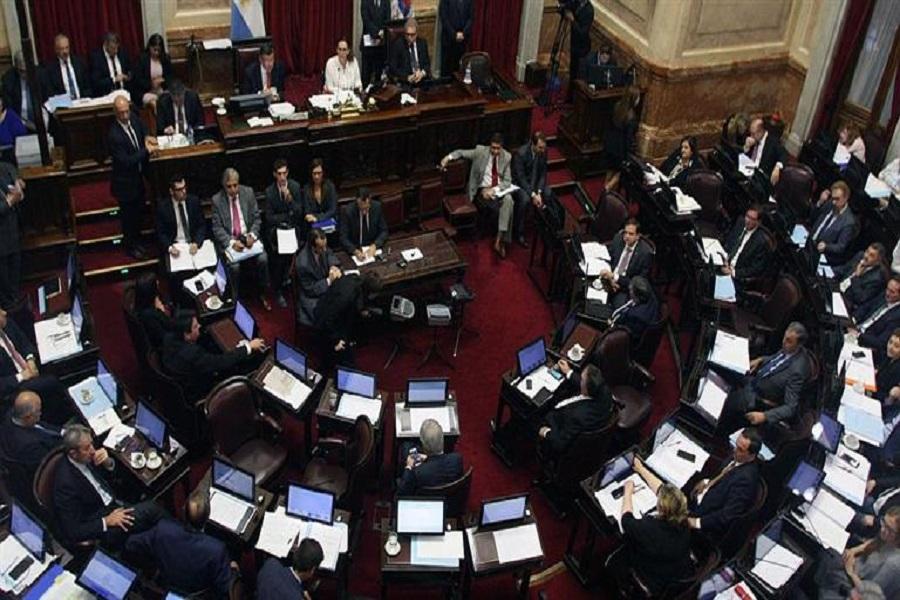 Reforma Laboral: El Senado comenzará a debatir en mayo tres proyectos