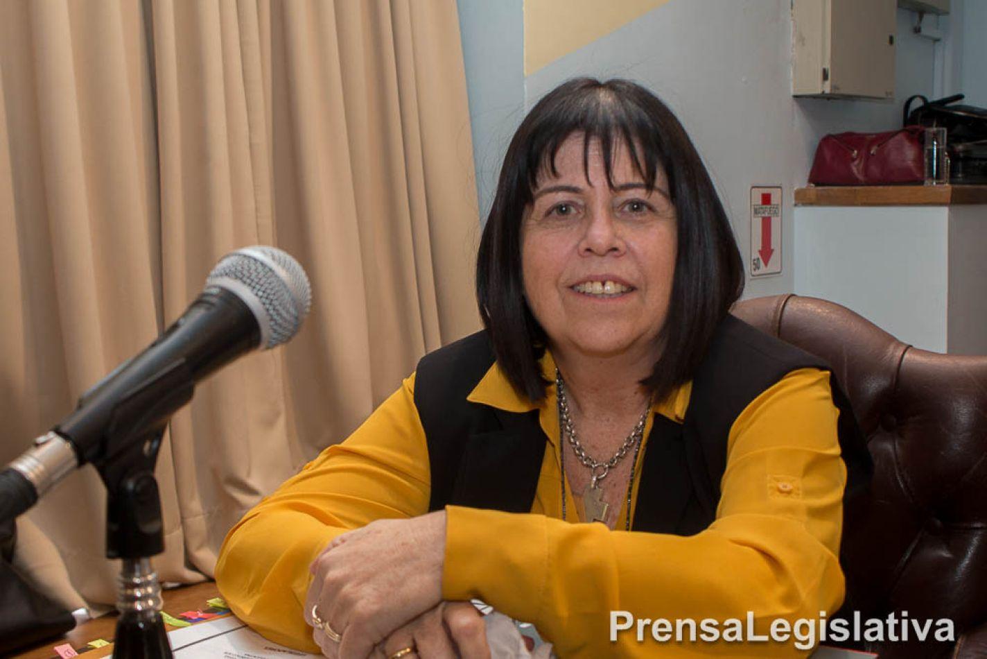 Legisladora Liliana Marínez Allende.