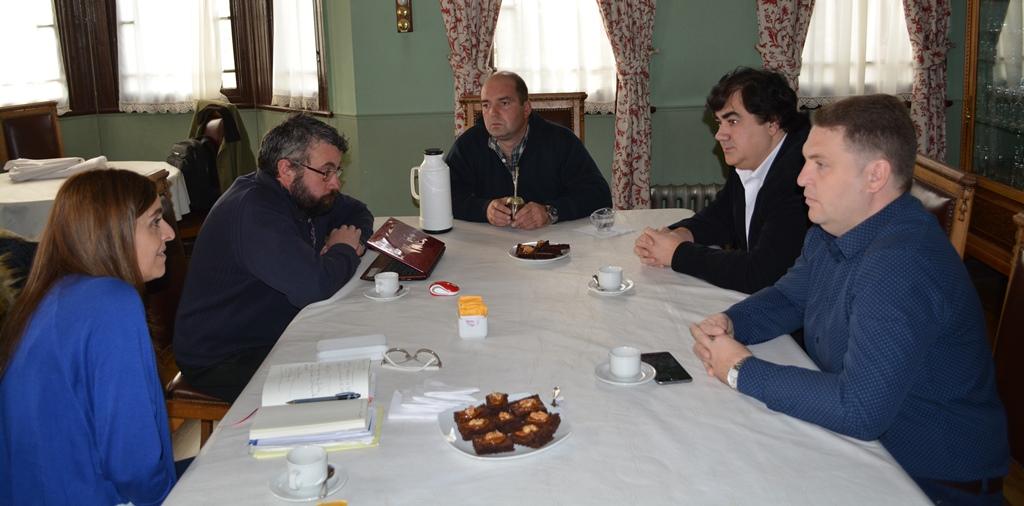 Ediles de Río Grande visitaron al presidente de la Rural Fernando Gliubich