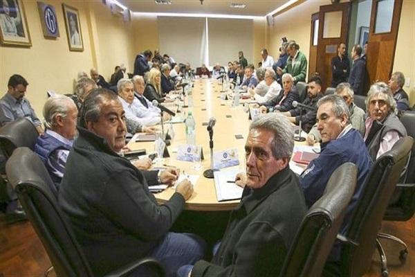 """Tras allanamiento a Camioneros, la CGT acusó al Gobierno de intentar """"amedrentar a los sindicatos"""""""