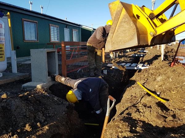 Iniciaron los trabajos de conexión domiciliaria de gas en el barrio Bicentenario