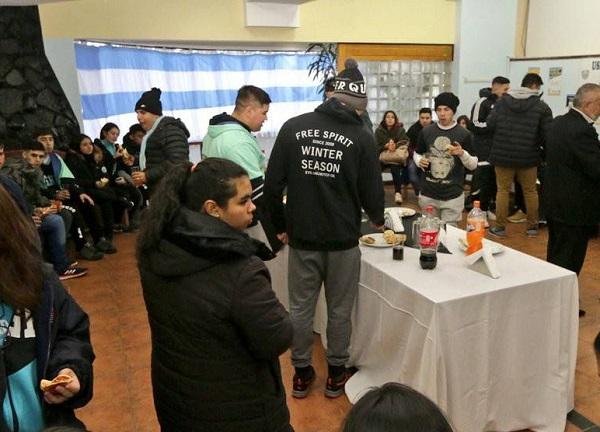 """Estudiantes rosarinos visitan la Provincia en el marco del proyecto """"Malvinas en la mira"""""""