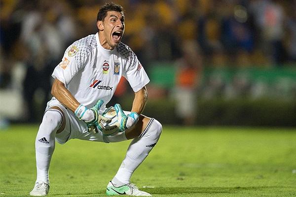 Entra Nahuel Guzmán a la Selección tras la baja de Romero