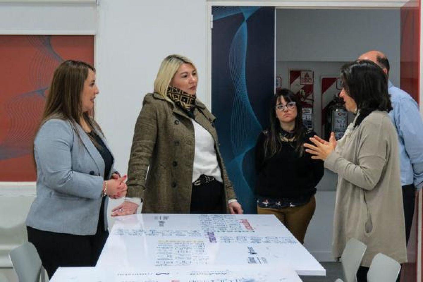 Bertone se reunió con referentes de la Fundación Telefónica de Argentina