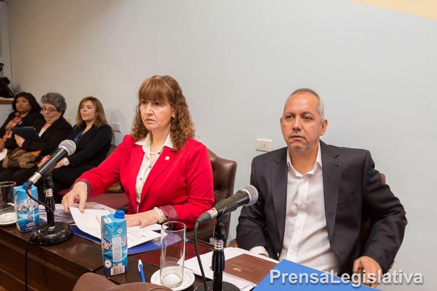 Los Legisladores provinciales del Movimiento Popular Fueguino, Mónica Urquiza y Pablo Villegas