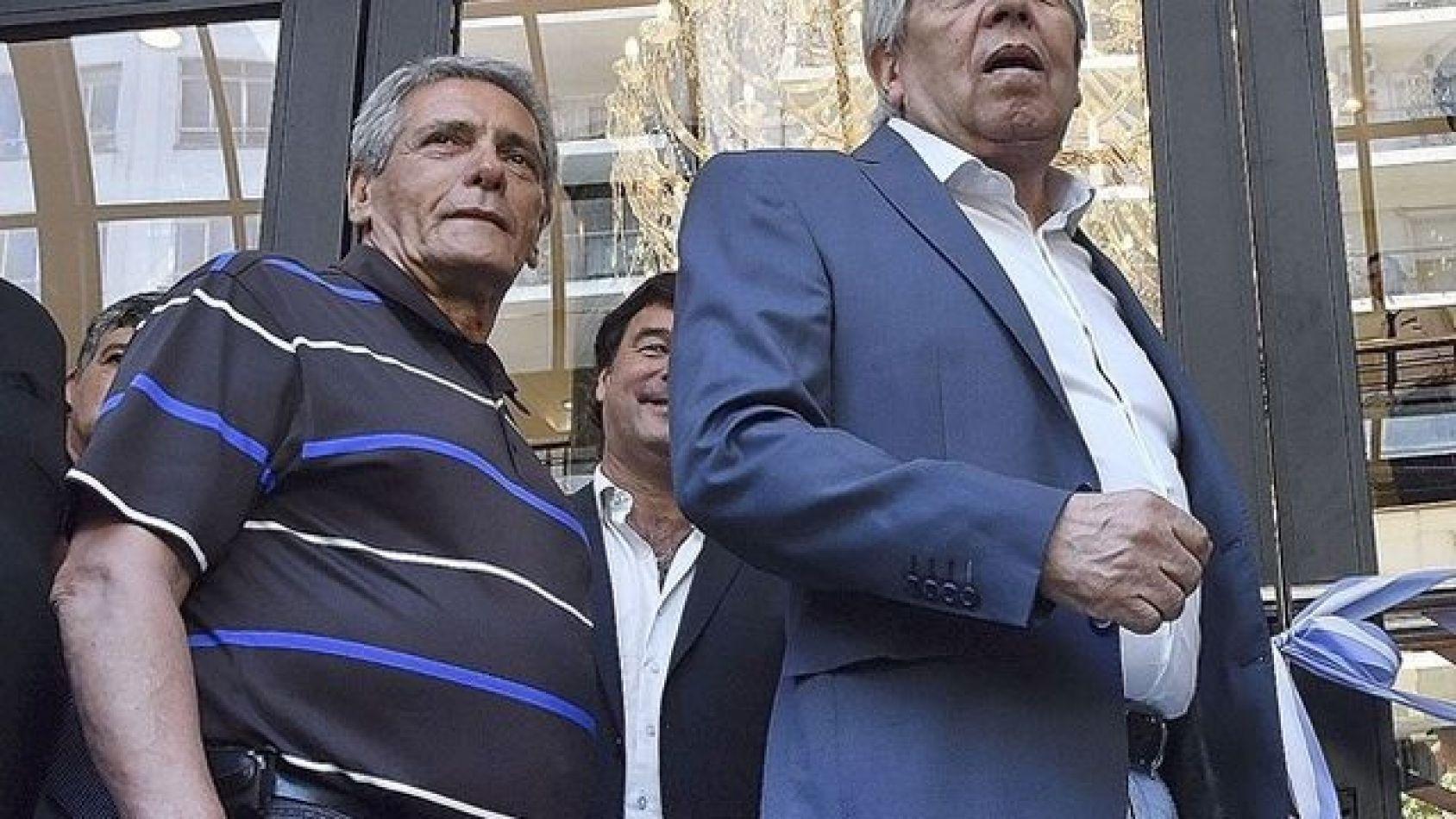 Moyano patea el tablero y pide reabrir las paritarias de Camioneros