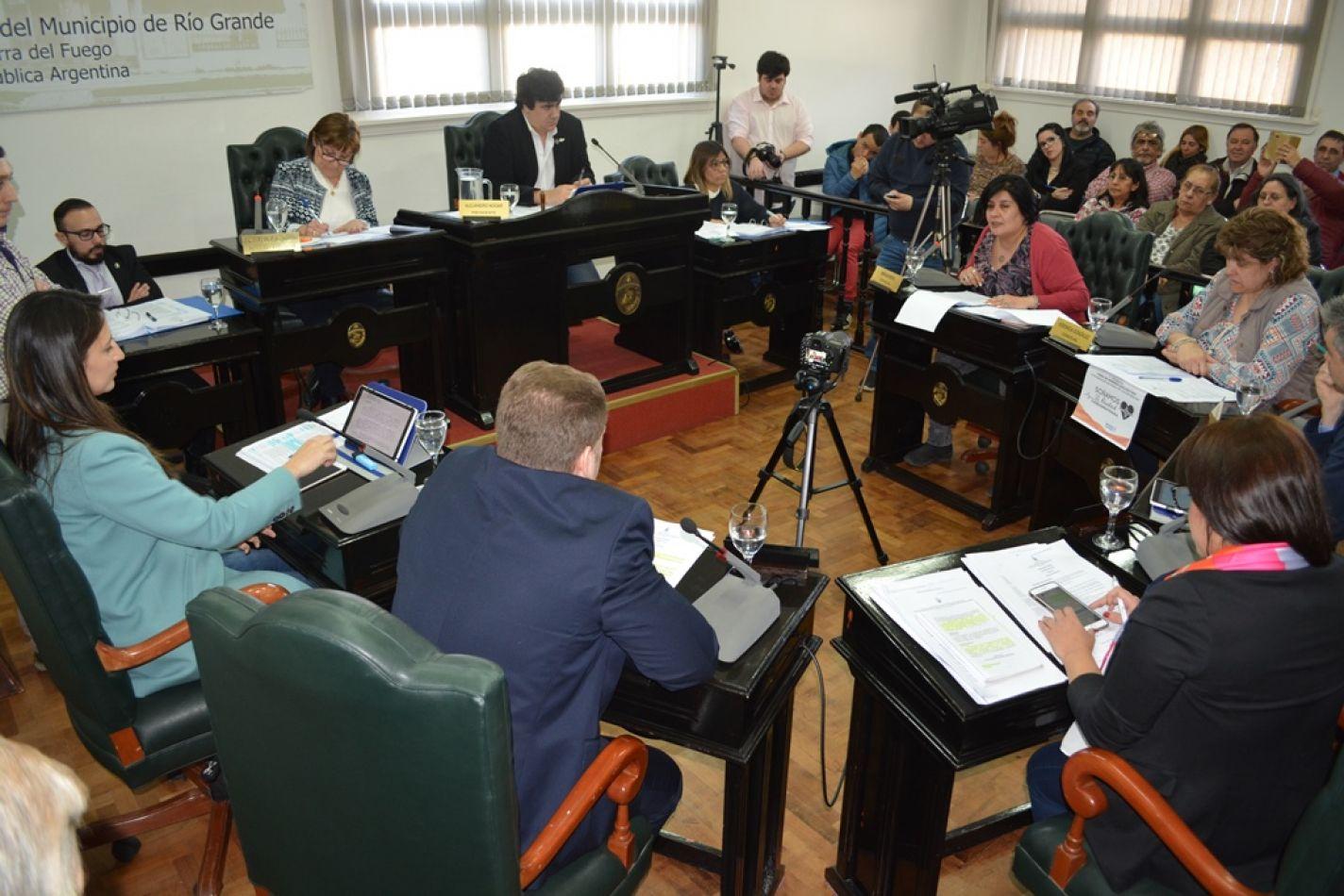 Ediles aprobaron un plan de ordenamiento del tránsito en la zona del Edificio General San Martín