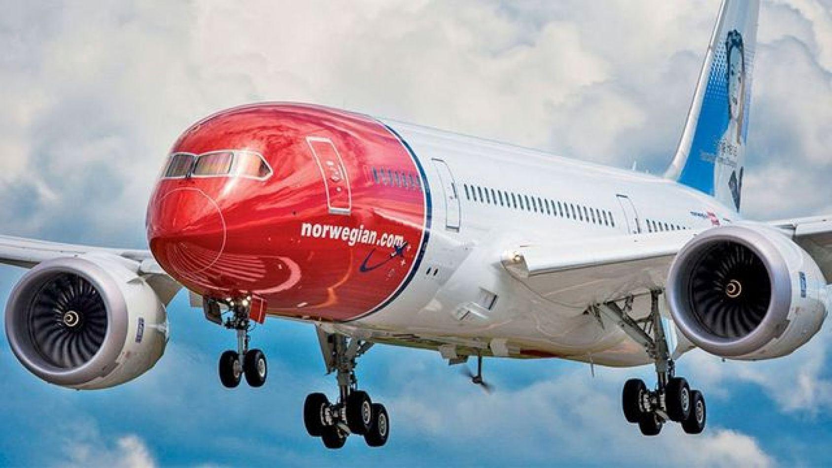 Dos nuevas aerolíneas low cost comenzarán a operar este mes