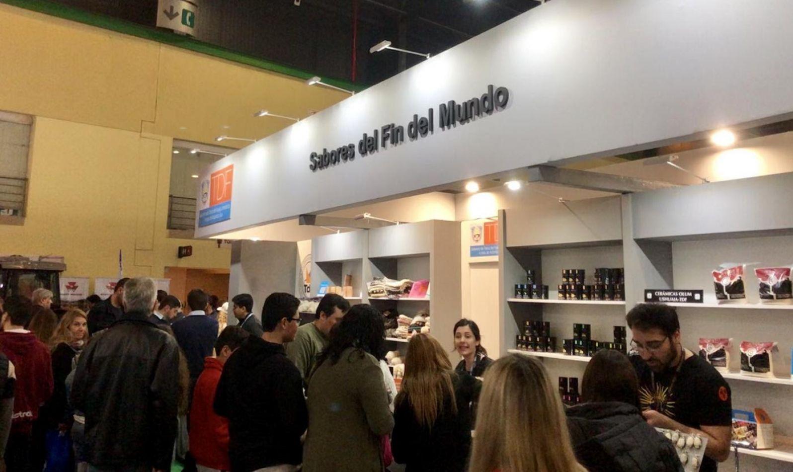 """La gastronomía fueguina se lució en feria """"Caminos y Sabores"""""""