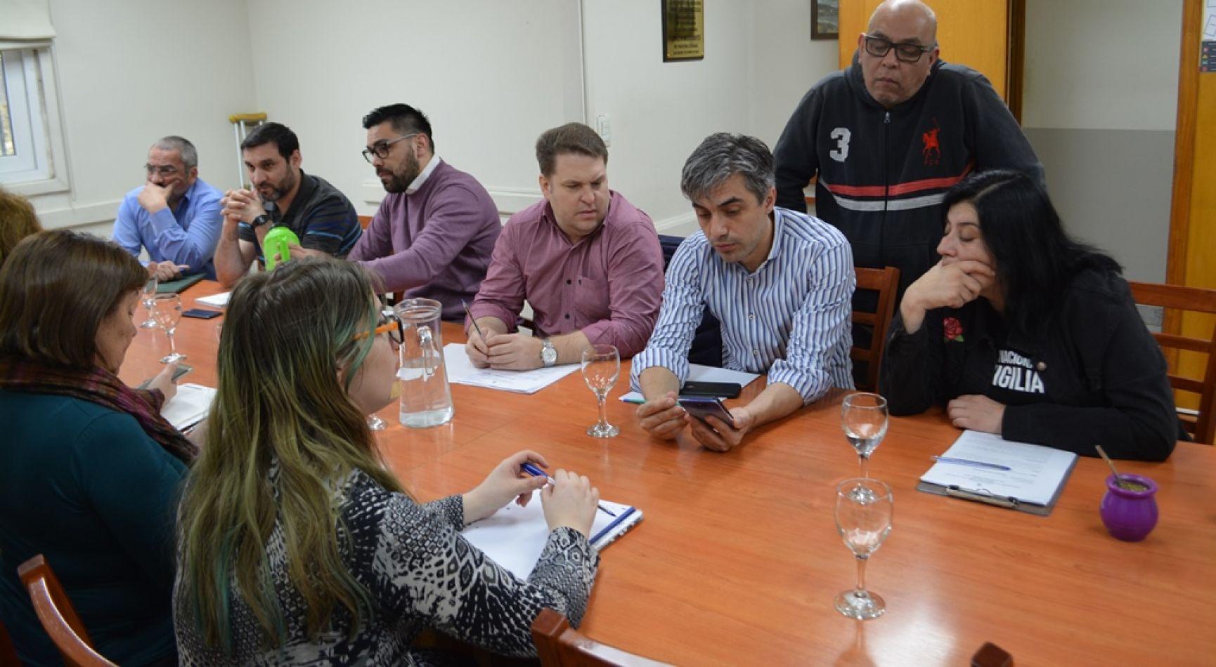 Reunión de las comisiones de Promoción, Mediación, e Inclusión Social que preside el concejal Paulino Rossi