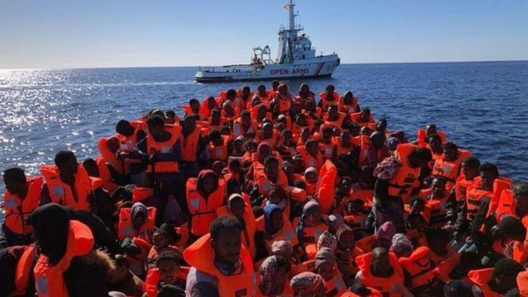 Naufragio de migrantes en el Mediterráneo con 40 rescatados por el Open Arms