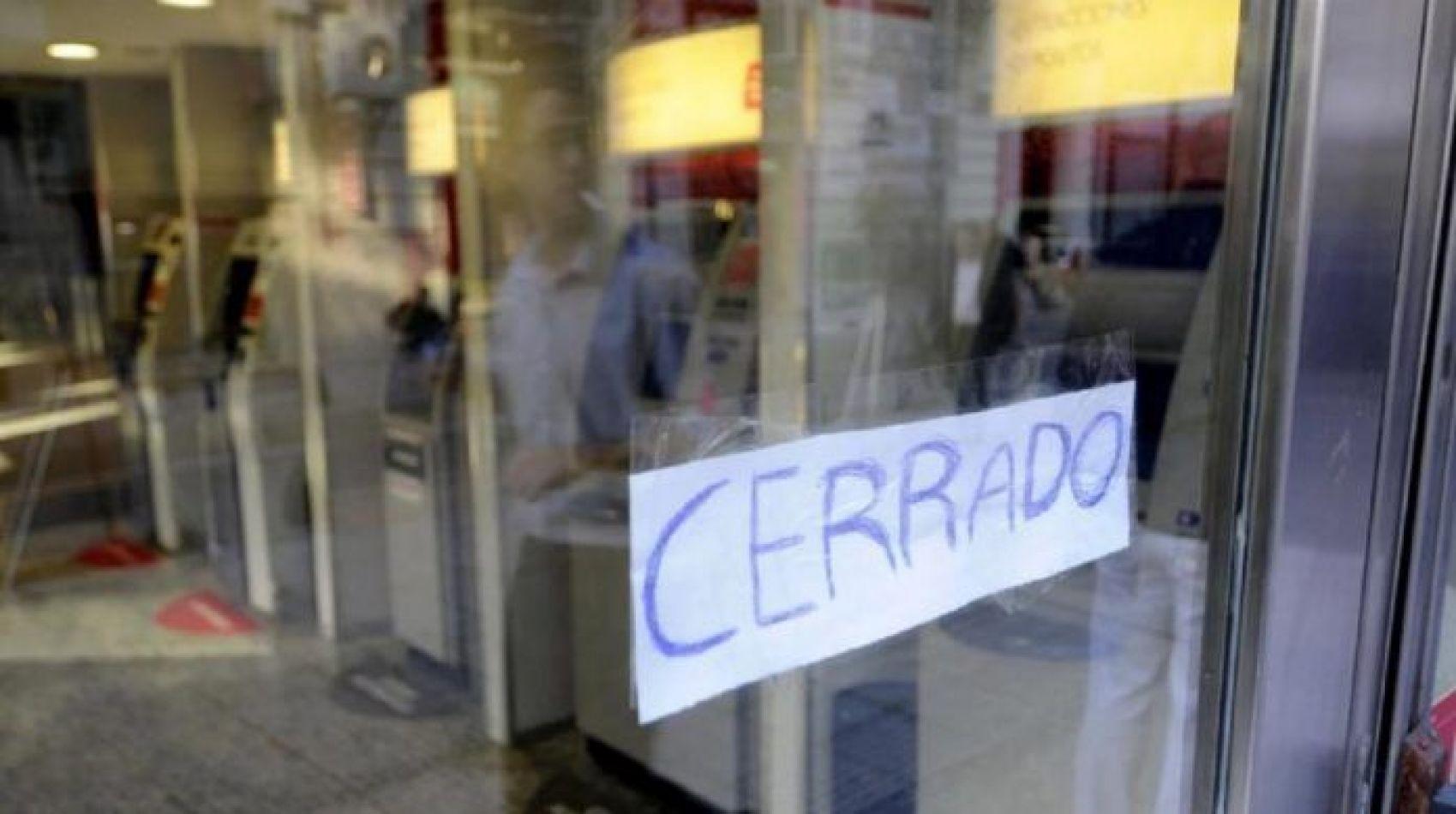 Este miércoles los bancos permanecerán cerrados