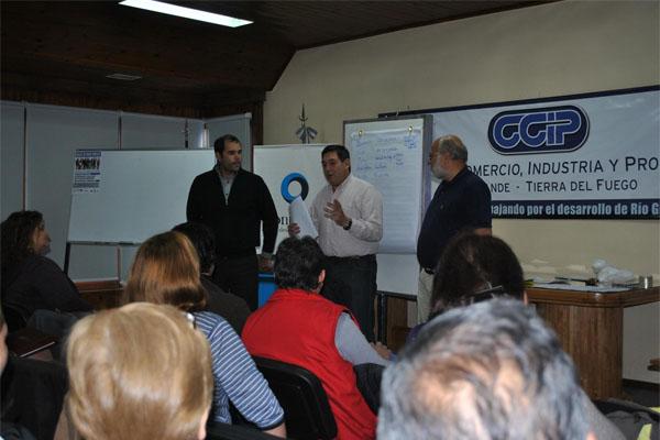 El evento se llevó a cabo en la Cámara de Comercio de Río Grande.