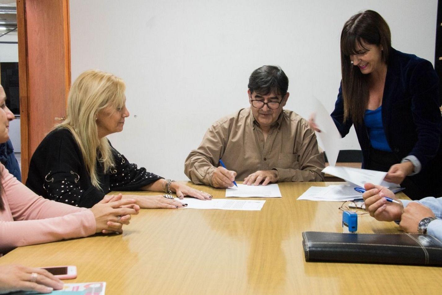 Promueven la formación de profesionales del régimen registral del automotor