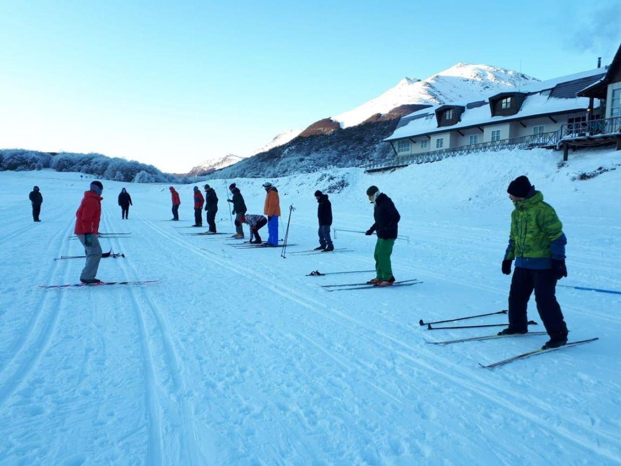 Capacitación en Esquí de Fondo destinada a todos los profesores del Instituto Municipal de Deporte
