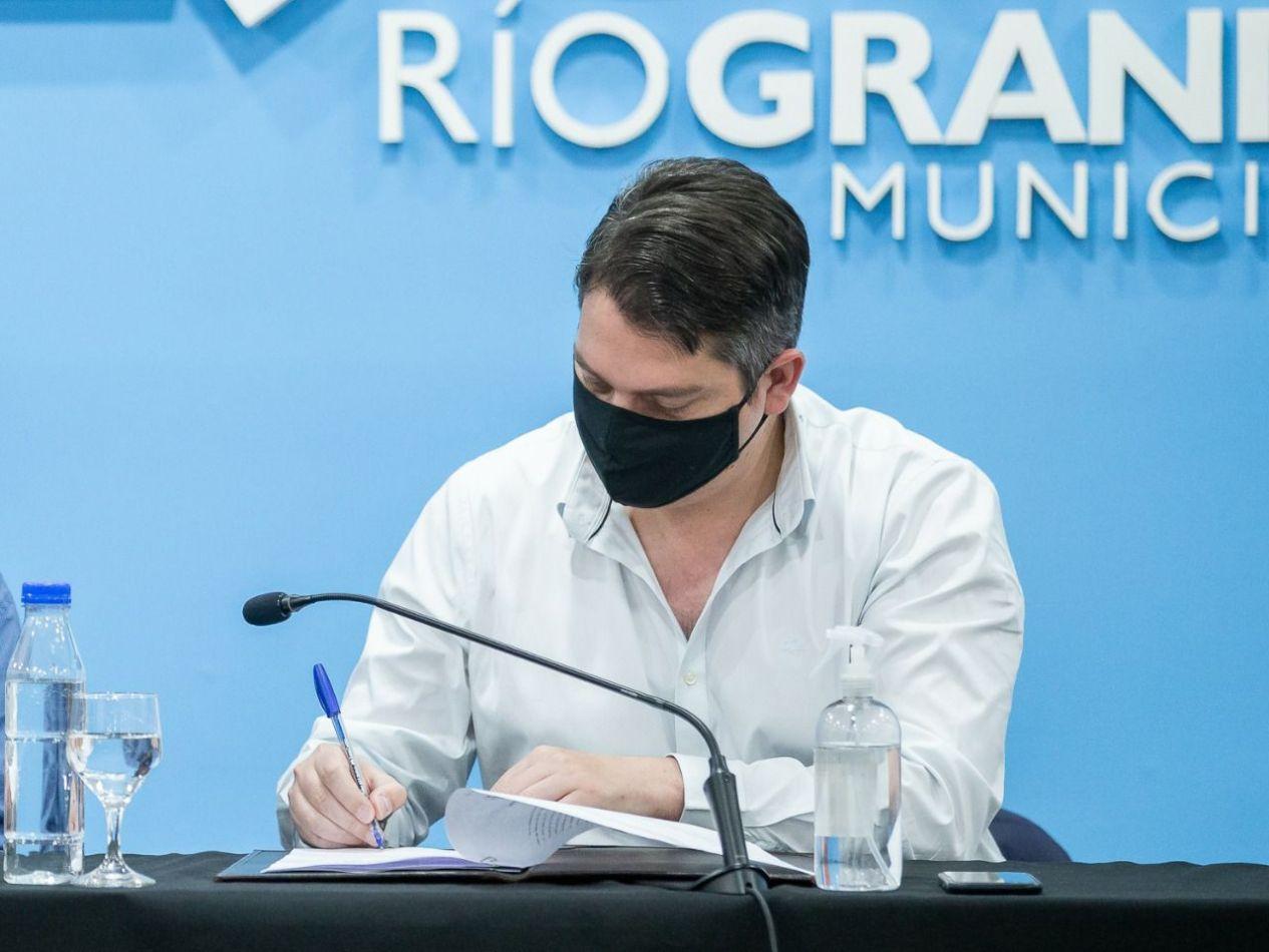 Intendente de la ciudad de Río Grande, Martín Perez.