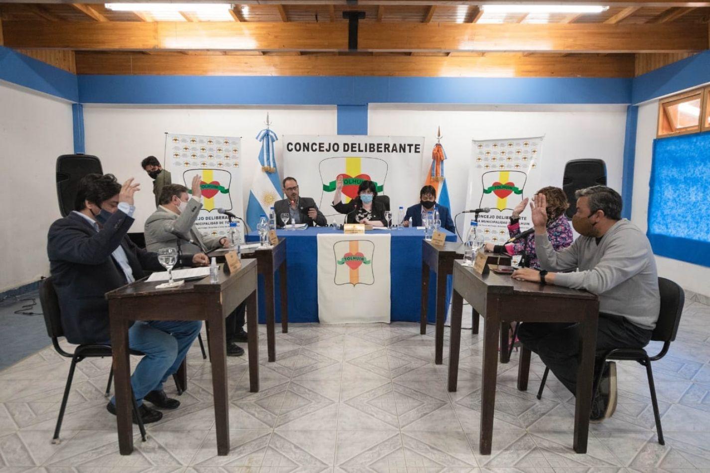 Finalmente Jeannette Alderete fue ratificada como presidente del Concejo Deliberante de Tolhuin.