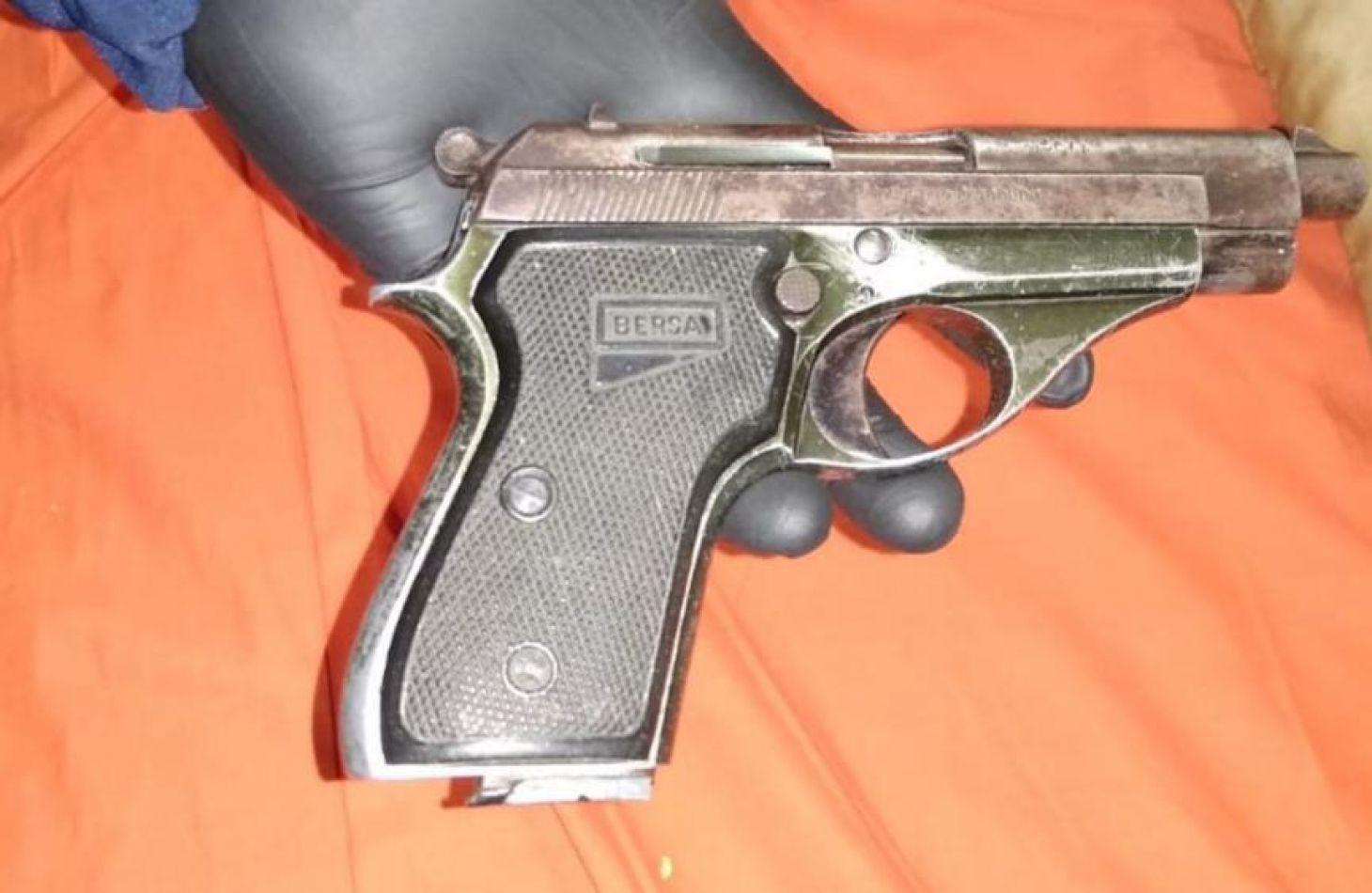 Se secuestraron más de 720 gramos de cocaína y armas