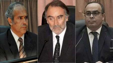 A través de un decreto, el Gobierno nacional dejó sin efecto los traslados de los jueces del macrismo