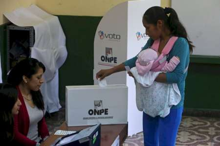Los peruanos residentes en la Argentina quedarán excluidos de las restricciones de circulación para poder votar