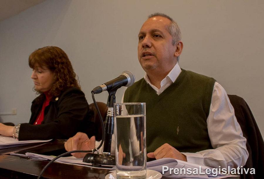 """El endeudamiento """"implicaría una flagrante violación a la Constituc ión de la Provincia"""", dijo Villegas"""