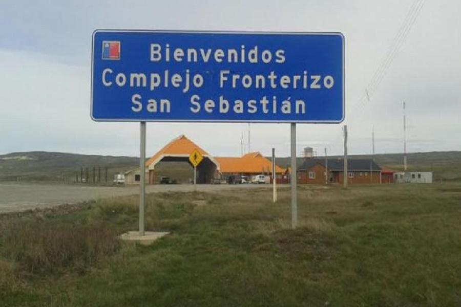Se encuentra con medidas de fuerza el Paso Fronterizo San Sebastián chileno